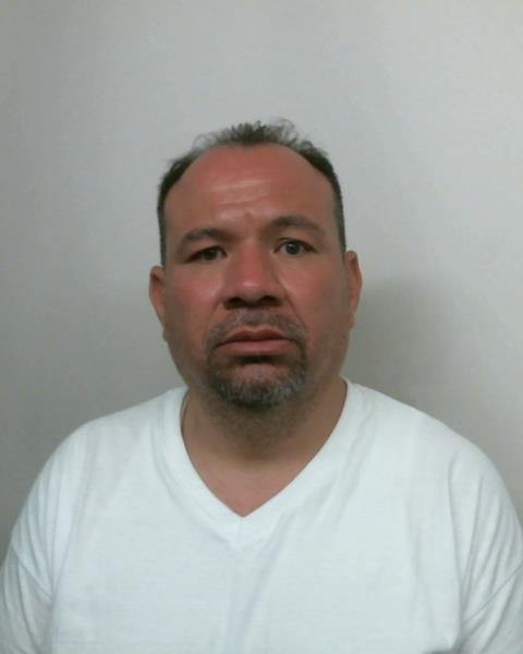 Image of offender ROBERTO MONTANO